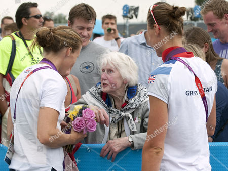 Helen Glover And Grandmother Joan Tucker. Helen Glover And Heather Stanning. London Oympics 2012. Rowing. Team Gb Compete In The Womans Pair Final. Pictures...... David Crump. 1/8/2012 Exc Print Before Web / London Olympics 2012.