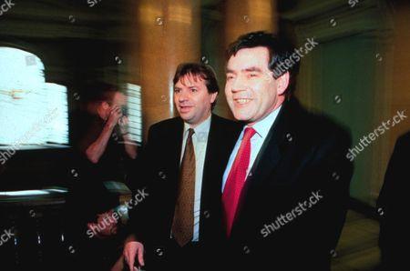 CHANCELLOR GORDON BROWN AND CHARLIE WHELAN 1998