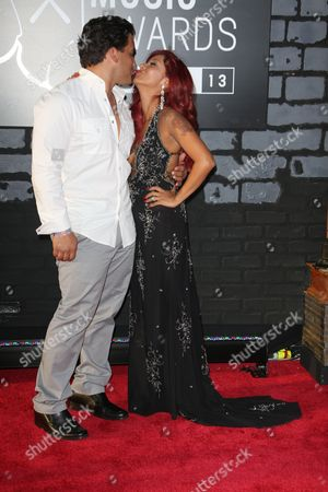 Stock Picture of Jionni LaValle and Nicole Snooki Polizzi