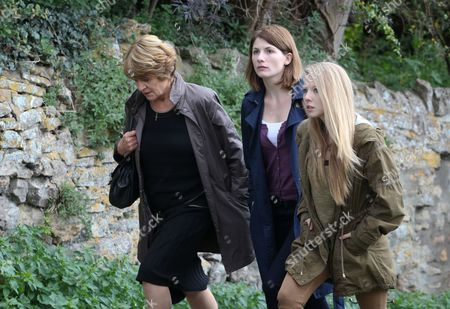 Stock Photo of Susan Brown as Liz Roper, Jodie Whittaker as Beth Latimer and Charlotte Beaumont as Chloe Latimer