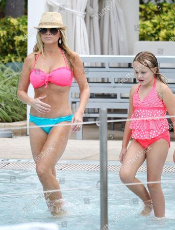 Tamra Vieth-Barney and daughter Sophia