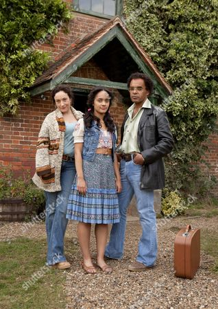 Stock Image of Lucy Cohu as Vivian Turner, Karla Crome as Clare and Peter De Jersey as John