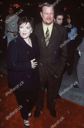 ROSEANNE ARNOLD AND BEN THOMAS