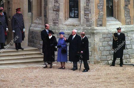 ROMAN HERZOG WITH WIFE CHRISTINE, Queen Elizabeth II AND Prince Philip