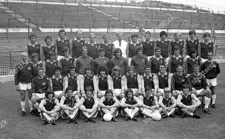 Stock Image of Aston Villa football club squad 1971. Top row Malcolm Beard, Jimmy Brown, Lew Chatterley, Andy Lochhead, Ray Graydon, Dave Gibson, Mick Wright, Paul Child, John Gidman, Greg Fellows, Neil Dyer, Roy Stark. Second row Dave Rudge, Lionel Martin, Fred Turnbull, Jake Findlay, Geoff Crudgington, Tommy Hughes, George Curtis, Bruce Rioch, Willie Anderson. Front row Vic Crowe, Charlie Aitken, Brian Tiler, Harry Gregory, Pat McMahon, Chico Hamilton, Neil Rioch, Keith Bradley, Geoff Vowden, Ron Wylie, Frank Upton. Front sitting Brian Little, Doug George, Brian Melling, Bobby McDonald, Mike Brady, Dave Smith, Bryan Place, Alan Little.