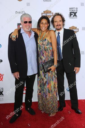 Ron Perlman with daughter Blake Perlman and Kim Coates
