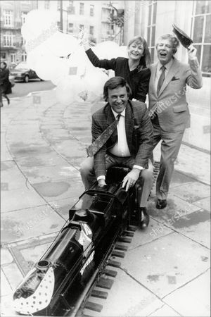 Terry Wogan Sue Cook And Derek Jameson Launching The 'children In Need' Appeal Outside The Bbc.