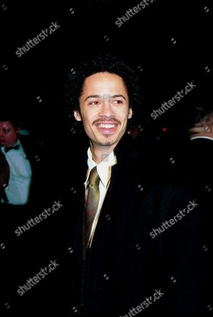 EAGLE EYE CHERRY AT THE BRIT AWARDS 1999
