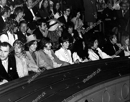 The Beatles 'Yellow Submarine' premiere at the London Pavilion, London, Britain - 17 Jul 1968 -  Pattie Boyd, George Harrison, Ringo Starr and wife Maureen, Yoko Ono and John Lennon, Paul McCartney and  Jenny Boyd with Keith Richards behind her