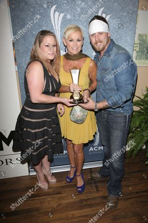 Lorrie Morgan with daughter Morgan and son Jesse Keith Whitley