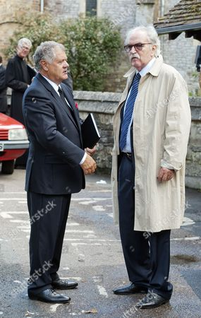 Stock Picture of Max Boyce speaking with Des Lynam