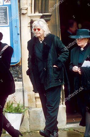 Editorial picture of FUNERAL OF DUSTY SPRINGFIELD AT HENLEY ON THAMES, BRITAIN - 1999