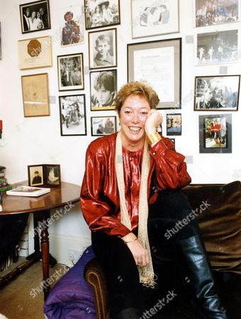 Editorial photo of Susan Elliott (d. 4/2007) Widow Of Actor Denholm Elliott 1992.