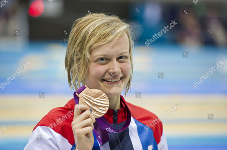 London 2012 Paralympics - Aquatics Centre Stratford. Pic Shows:- Gb's Hannah Russell Claims Her Bronze Medal In The Women's 100m Backstroke - S12.