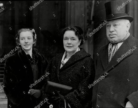 Harry Primrose The 6th Earl Of Rosebery At His Investiture With His Wife Lady Eva Rosebery And Daughter Lady Helen Primrose (albert Edward) Harry Meyer Archibald Primrose 6th Earl Of Rosebery Kt Pc (8 January 1882 Oo 31 May 1974) Styled Lord Dalmeny Until 1929 Was A British Politician Who Briefly Served As Secretary Of State For Scotland In 1945. In 1909 He Married Dorothy Alice Margaret Augusta Grosvenor Daughter Of Lord Henry George Grosvenor. They Had A Son Archie Primrose Lord Dalmeny (1910oo1931) And A Daughter Lady Helen Dorothy Primrose (1913-1998). With The End Of The War Came Also Rosebery's Divorce In 1919. He Eventually Re-married In 1924 To Eva Isabel Marion Bruce Daughter Of The 2nd Baron Aberdare Of Duffryn. Their Only Child Neil Archibald Primrose Was Born In 1929. In 1931 Rosebery's Eldest Son Archibald Died At The Age Of 21 From Blood Poisoning While At Oxford.