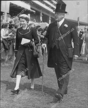 Harry Primrose The 6th Earl Of Rosebery With Queen Elizabeth Ii At Epsom On Oaks Day (albert Edward) Harry Meyer Archibald Primrose 6th Earl Of Rosebery Kt Pc (8 January 1882 Oo 31 May 1974) Styled Lord Dalmeny Until 1929 Was A British Politician Who Briefly Served As Secretary Of State For Scotland In 1945. In 1909 He Married Dorothy Alice Margaret Augusta Grosvenor Daughter Of Lord Henry George Grosvenor. They Had A Son Archie Primrose Lord Dalmeny (1910oo1931) And A Daughter Lady Helen Dorothy Primrose (1913-1998). With The End Of The War Came Also Rosebery's Divorce In 1919. He Eventually Re-married In 1924 To Eva Isabel Marion Bruce Daughter Of The 2nd Baron Aberdare Of Duffryn. Their Only Child Neil Archibald Primrose Was Born In 1929. In 1931 Rosebery's Eldest Son Archibald Died At The Age Of 21 From Blood Poisoning While At Oxford.