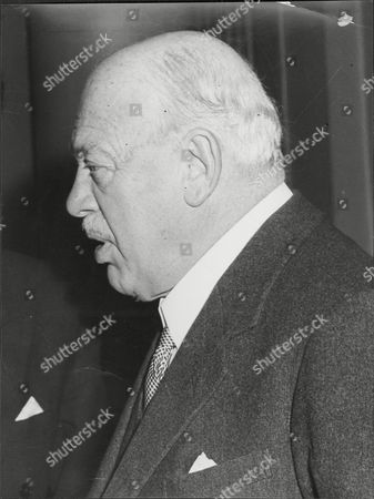 Harry Primrose The 6th Earl Of Rosebery (albert Edward) Harry Meyer Archibald Primrose 6th Earl Of Rosebery Kt Pc (8 January 1882 Oo 31 May 1974) Styled Lord Dalmeny Until 1929 Was A British Politician Who Briefly Served As Secretary Of State For Scotland In 1945. In 1909 He Married Dorothy Alice Margaret Augusta Grosvenor Daughter Of Lord Henry George Grosvenor. They Had A Son Archie Primrose Lord Dalmeny (1910oo1931) And A Daughter Lady Helen Dorothy Primrose (1913-1998). With The End Of The War Came Also Rosebery's Divorce In 1919. He Eventually Re-married In 1924 To Eva Isabel Marion Bruce Daughter Of The 2nd Baron Aberdare Of Duffryn. Their Only Child Neil Archibald Primrose Was Born In 1929. In 1931 Rosebery's Eldest Son Archibald Died At The Age Of 21 From Blood Poisoning While At Oxford.