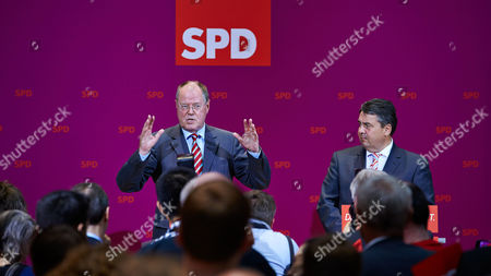 Editorial picture of Social Democratic Party members follow the state elections, Berlin, Germany - 15 Sep 2013
