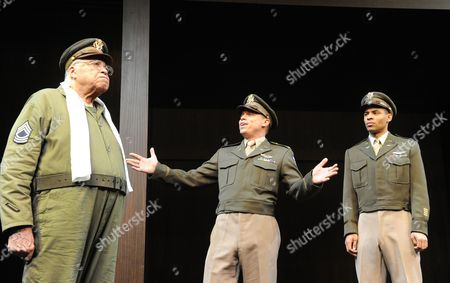 James Earl Jones as Benedick, James Garnon as Don Pedro, Lloyd Everitt as Claudio