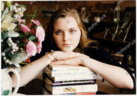 Sophie Dahl Later Model Here Aged 14 The Daughter Of Actress Tessa Dahl And Julian Holloway; And Granddaughter Of Writer Roald Dahl.