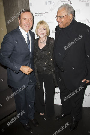 Kevin Spacey (Artistic Director), Cecilia Hart and James Earl Jones (Benedick)