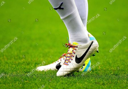 Chesterfield's Ritchie Humphreys wears football boots with rainbow laces