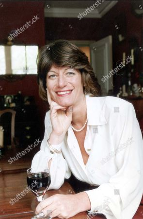Clare Latimer Former Downing Street Caterer 1994. Pkt2466-169579.