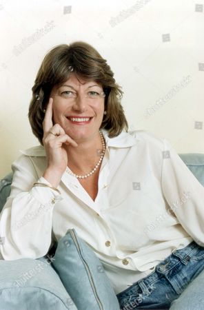 Clare Latimer Former Downing Street Caterer 1994. Pkt2466-169600.