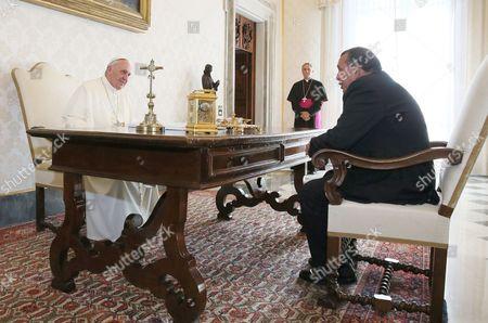 Pope Francis I and Porfirio Lobo Sosa