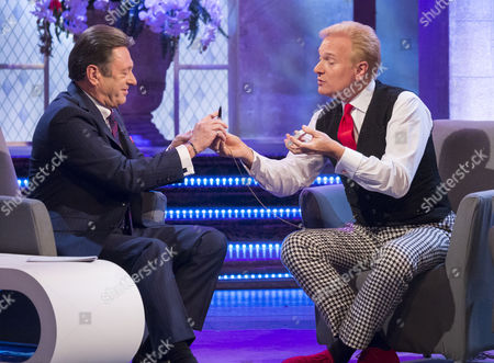 Alan Titchmarsh with The Illusionists - Jeff Hobson
