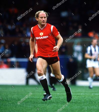 Alan Brazil (Man Utd) West Bromwich Albion v Manchester United 21/9/85 Great Britain Birmingham WBA 1 Man Utd 5