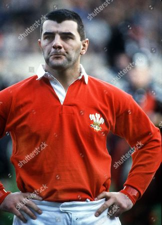 Roland Phillips (Wales) 89 Great Britain 5N 1989: Wales 12 England 9