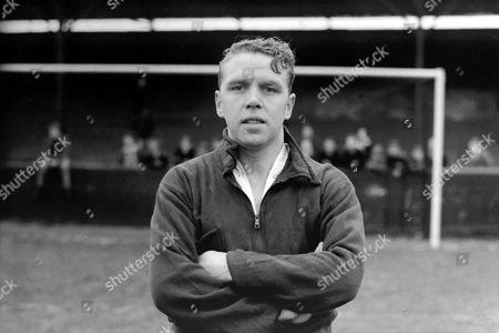 Lawrence Scott (Arsenal) 1946/47 Great Britain Laurie Scott (Arsenal)