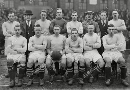 Football - 1929 / 1930 season - Burnley team group Back row (left to right): Heslop Pickles (secretary) Mantle Sommerville Bowsher C Bates (trainer) J Brown (reserve) Waterfield Front: Steel Wallace McCluggage (captain) Forrest Beel Louis Page Burnley - 1929/30
