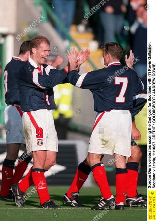 Gordon Durie celebrates scoring the 2nd goal for Scotland with (7) Kevin Gallacher Scotland v Latvia 11/10/97 Great Britain Glasgow