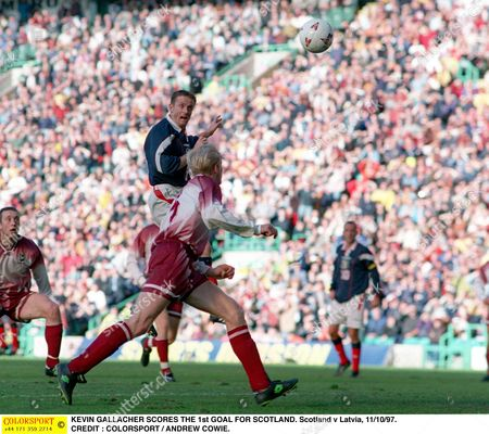 KEVIN GALLACHER SCORES THE 1st GOAL FOR SCOTLAND Scotland v Latvia 11/10/97 Great Britain Glasgow