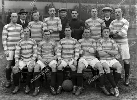 Football - 1913 / 1914 - FA Cup Third Round - Birmingham City 1 Queen's Park Rangers 2; The QPR Team Group before the game at St Andrews Back l-r: G Owens J Howie A Mitchell D Higgins W Draper (trainer) A Nicholls H Pullen A Whyman W Wake Front Row: W Thompson J Birch J Miller J Gregory J Fortune Credit: WILKES/cs FA Cup R3: Birmingham 1 QPR 2