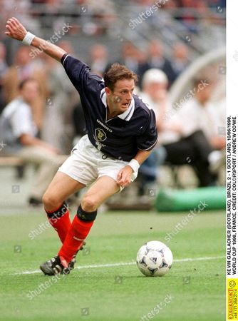 KEVIN GALLACHER (SCOTLAND) BRAZIL 2 - 1 SCOTLAND 10/06/1998 WORLD CUP 1998 FRANCE France Paris