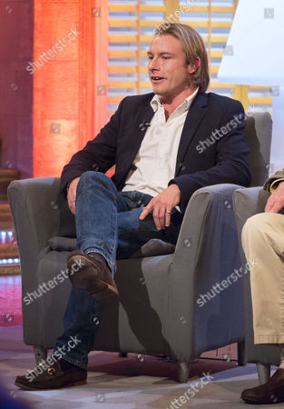Editorial photo of 'The Alan Titchmarsh Show' TV Programme, London, Britain - 26 Sep 2013