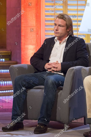 Editorial image of 'The Alan Titchmarsh Show' TV Programme, London, Britain - 26 Sep 2013