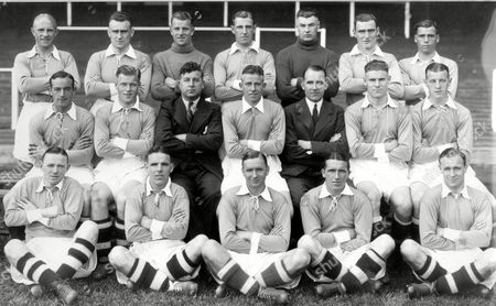 Leicester City 1st XI (back row L>R) G Ritchie Smith J Calvert R Heywood A McLaren D Jones G Dewis (sitting L>R) W Coutts W Frame L Edwards (Trainer) A Maw A Lockhead (Manager) F Sharman P Grosvenor (on ground L>R) J Carroll W (Paul) Muncie E O'Callaghan O McNally D Liddle 1936/37 Great Britain