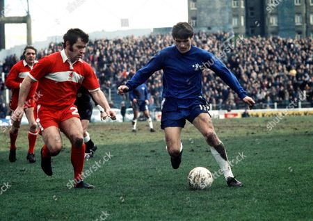 Stock Image of Charlie Cooke (Chelsea) John Craggs (Middlesbrough) 22/3/75 Great Britain London