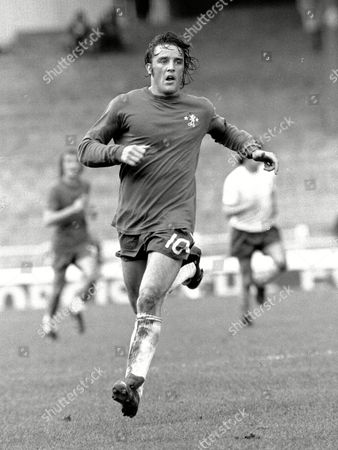 Ian Hutchinson - Chelsea Chelsea v Tottenham Hotspur 12/10/74 Great Britain London
