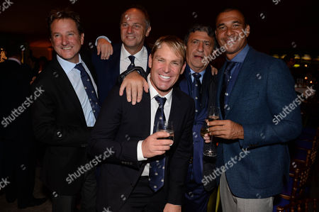 Mark Nicholas, Sir Steve Redgrave, Shane Warne, guest and Ruud Gullit