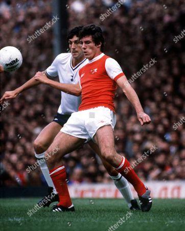 Frank Stapleton (Arsenal) John Lacy (Tottenham) 1978/79 Arsenal v Tottenham Hotspur Great Britain London