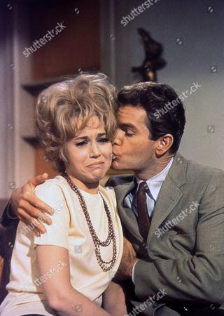 Jane Fonda ; Dean Jones
