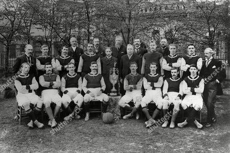 Football - Aston Villa Team Group 1899 / 1900 - League Champions of Division 1 Back row (left to right): John Grierson Michael T Noon Thomas (Tommy) Bowman F Cooper James (Jimmy) Crabtree George B Ramsay (Sec) J Ansell (President) William McGregor J T Lees W Cooke William (Billy) George James (Jimmy) Whitehouse Howard Spencer Albert Evans Frederick W Rinder (Chairman) Front row : Albert Wilkes John Cowan Fred Wheldon Jack Devey Charlie Athersmith William (Billy) Garraty Steve Smith Robert (Bobby) Templeton Aston Villa - 1899/00 League Champions