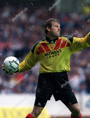 Andy Goram (Rangers) Rangers v Celtic 22/8/92 Credit : Andrew Cowie/Colorsport Great Britain Glasgow Rangers 1 Celtic 1