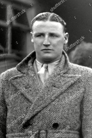 Harry Baird (Irish International team) v England 11/11/36 Also played for Manchester United Great Britain Harry Baird (Ireland)