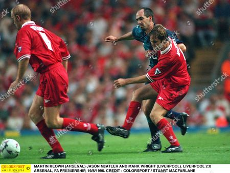 STEVE MORROW (ARSENAL) JASON McATEER AND MARK WRIGHT (LIVERPOOL) LIVERPOOL 2:0 ARSENAL FA PREMIERSHIP 19/8/1996 Great Britain Liverpool